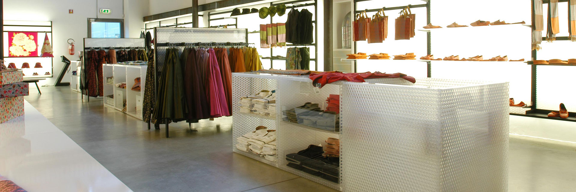 La Tessitura, Mantero Silk Showroom